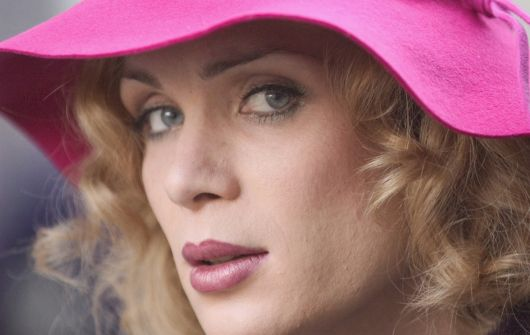 http://lella.files.wordpress.com/2008/03/breakfastonpluto.jpg