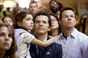 the-hasppening-ashlyn-sanches-john-leguizamo-mark-wahlberg