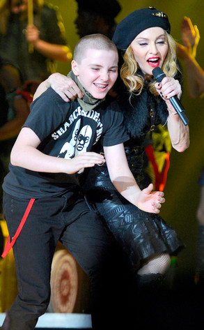 MDNA TOUR 02dez12 the son Rocco Ritchie