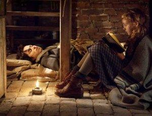 a-menina-que-roubava-livros_2013_04